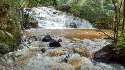 Cachoeira rio Paraguai.jpg