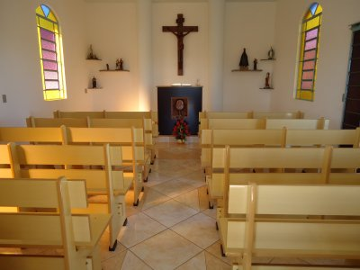 Vista interna da Capela.jpg